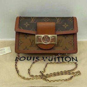 Louis Vuitton  classic flap bag